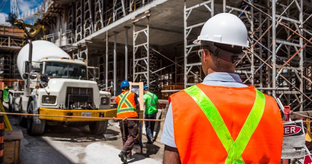 Szkolenia operatorów maszyn budowlanych